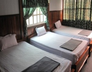 triple room at floating delta chau doc